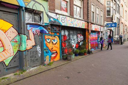 Graffiti sulle facciate condominiali. Arriva l' «abbonamento» per gli amministratori di condominio.