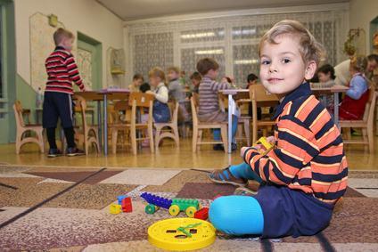 Niente asilo nido nel condominio se vi è un espresso divieto previsto dal regolamento.