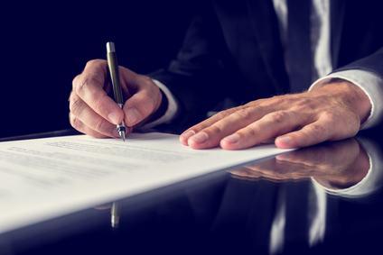 Il notaio diventa consulente fiscale. Deve risarcire i danni per l'erronea dichiarazione tributaria