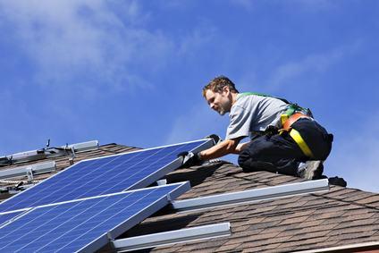 Nuove metodologie di installazione dei pannelli solari su superficie piana