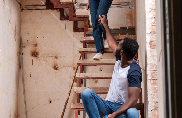 A chi spetta pagare la tinteggiatura delle scale?