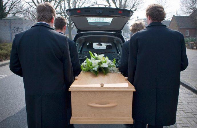 Che cosa succede se muore l'amministratore?