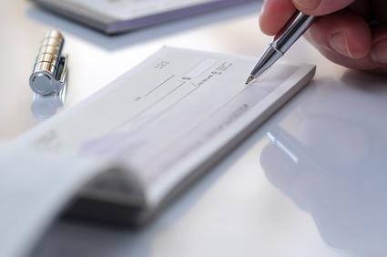 L'esenzione dal pagamento delle spese condominiali e regolamenti contrattuali.
