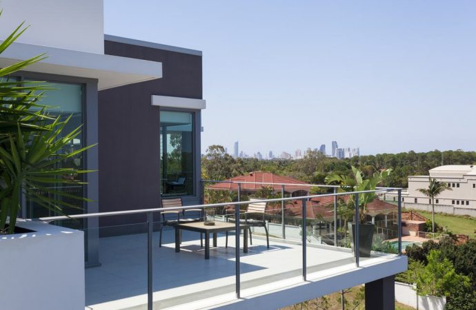 Altezza minima dei parapetti dei balconi e delle scale - Alzare tetto casa ...