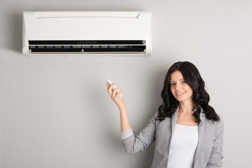 Arriva una nuova tassa sui condizionatori d'aria. La bufala è servita!