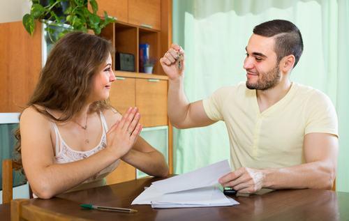 Locazione, il contratto transitorio invalido si trasforma in un contratto 4+4