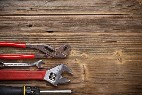Esecuzione riparazioni in condominii senza amministratore