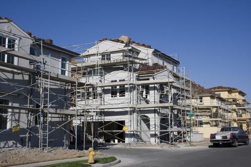 Se il costruttore non termina i lavori in tempo all - Lavori in casa forum ...