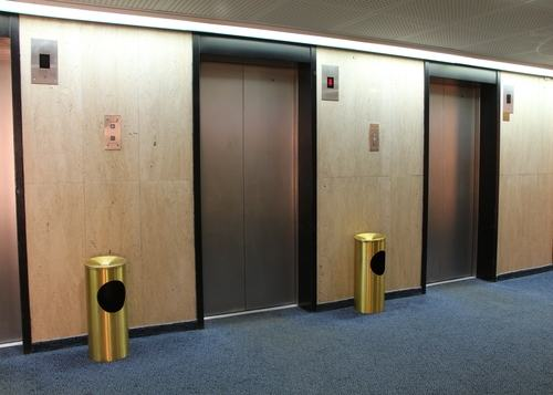 Controlli e verifiche sugli ascensori. Un nuovo decreto in arrivo con tante sorprese e smentite
