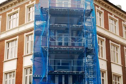 Infiltrazioni per mancata manutenzione della facciata. Il condominio paga i danni.