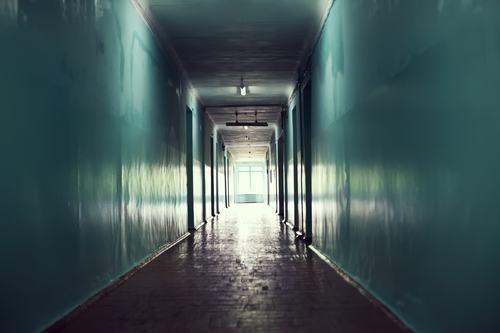 Il corridoio cieco, che collega gli abbaini di proprietà esclusiva, deve considerarsi parte comune?