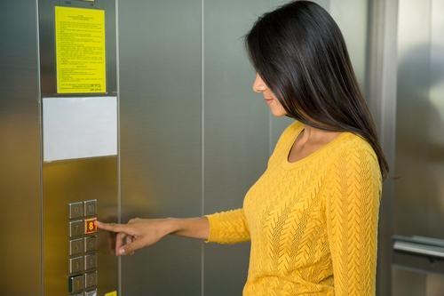Ma quale «tassa sugli ascensori». Il provvedimento censirà solo gli impianti più vecchi e gli interventi saranno mirati