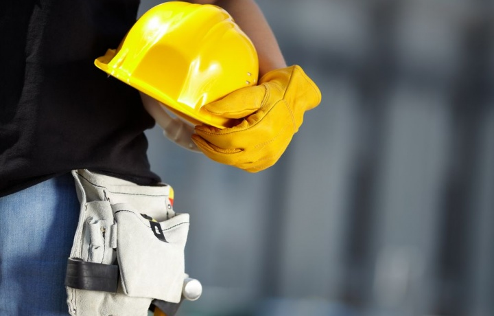 Condominio e spese per lavori straordinari: paga il soggetto proprietario dell'immobile al momento dell'adozione della delibera definitiva.