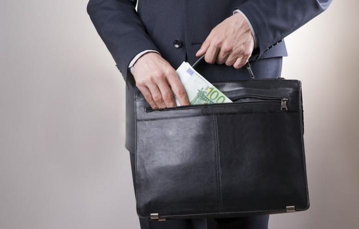 Credito condominiale e comproprietari. Come recuperarlo?