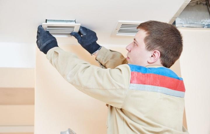 Versa la Tosap il condominio che installa le griglie di aerazione per i garage.