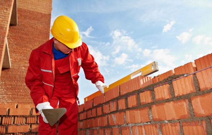 Niente risoluzione del contratto di appalto se i lavori non sono ultimati, solo risarcimento danno