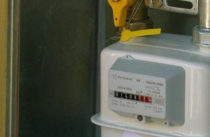 Azienda del gas risarcisce l'utente se emette fattura ignorando reclami ed autolettura per il calcolo dei consumi.