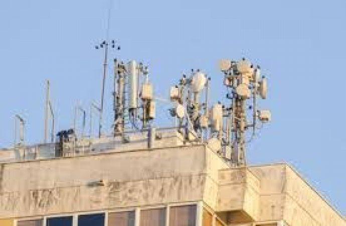 Inquinamento elettromagnetico. Nuovi vincoli per l'assorbimento delle onde da parte degli edifici.