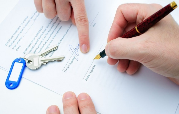Nullo lo sfratto se manca il contratto scritto di affitto.