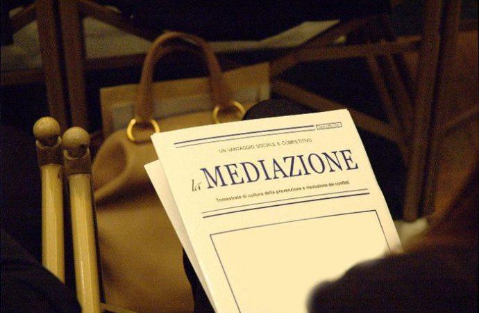 Il mediatore deve garantire la puntuale convocazione e la correttezza di tutti i dati forniti dalle parti.