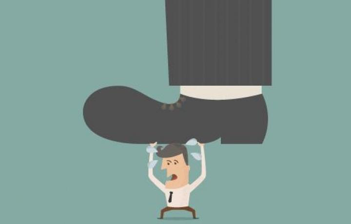 """Anche il direttore dei lavori """"estromesso"""" è responsabile al 50% al risarcimento delle spese per la rimozione dei vizi dell'opera"""