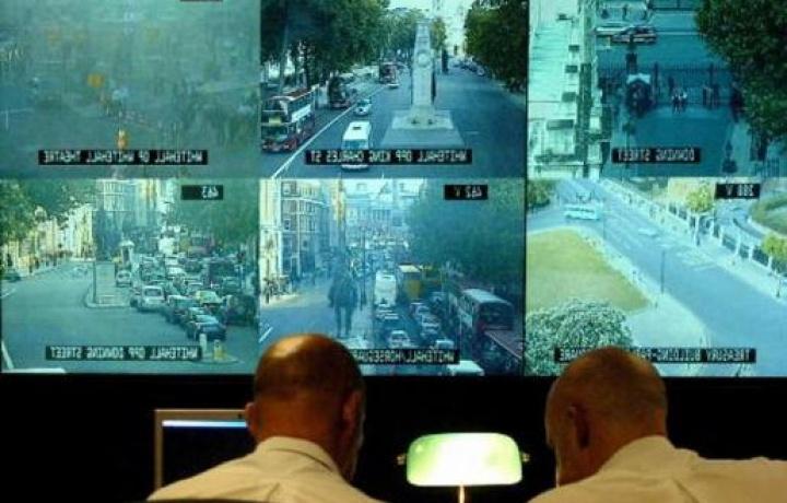 Il singolo proprietario può installare la videosorveglianza senza previa autorizzazione del condominio?