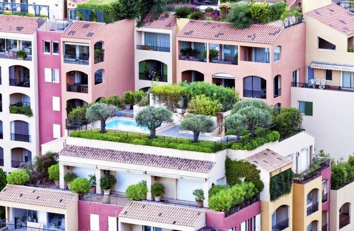 Lastrici solari in uso esclusivo e proprietà comuni sottostanti