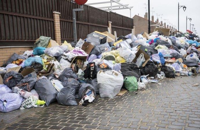 Emergenza rifiuti. La Cassazione riduce la TARSU del 40%.
