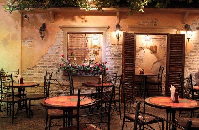 Emissioni odorose provenienti dal ristorante in condominio, s'incorre in contravvenzione.