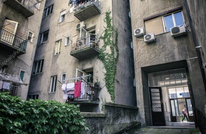 Frazionamento dell'appartamento e parcheggio condominiale