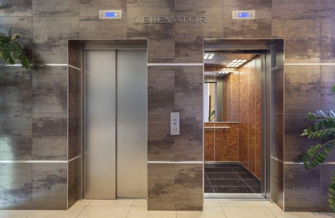 Le spese di manutenzione dell'ascensore le pagano anche i proprietari delle cantine e del piano rialzato.