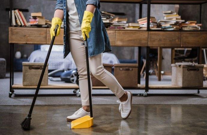 Maggioranza per la sostituzione dell'impresa di pulizie del condominio