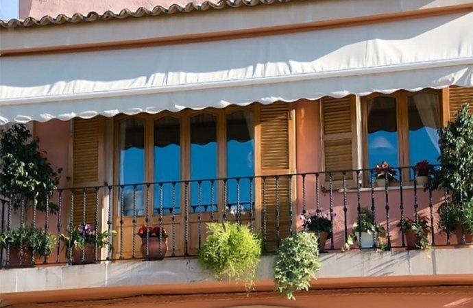 Le cose cadute dal balcone devono essere restituite?