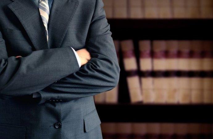 C'era una volta l'avvocato con la toga, oggi fa anche l'amministratore di condominio