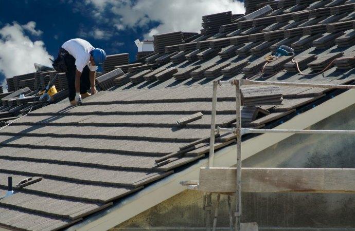ripartizione spese tetto condominiale e sottotetto in