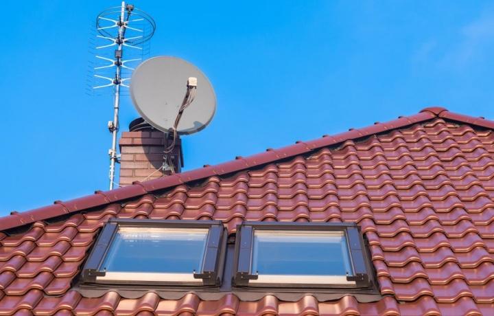 Il posizionamento dell'antenna in condominio tra poteri dell'assemblea ed esigenze del singolo condomino