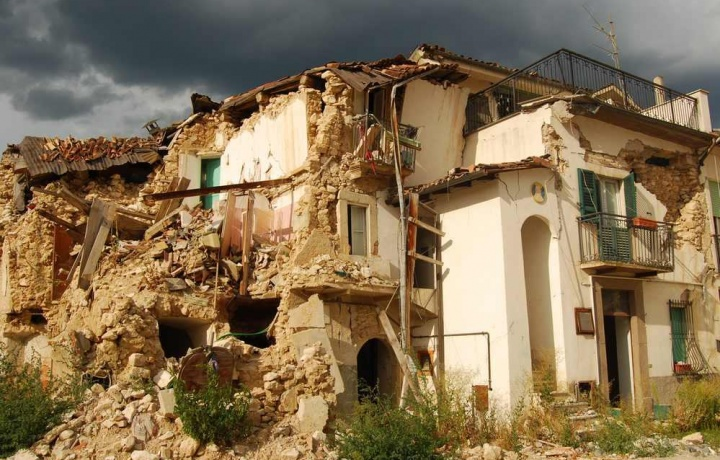 Il progettista non risponde del crollo colposo dell 39 edificio for Piani di costruzione dell edificio
