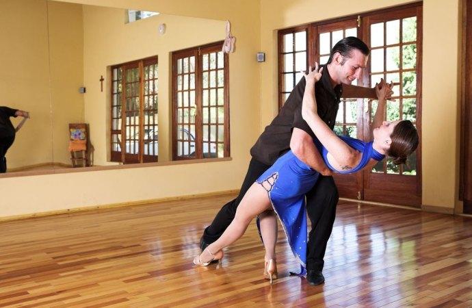 Balla, balla ballerino. La scuola di danza in condominio si può fare (anche se provoca fastidio ai vicini)