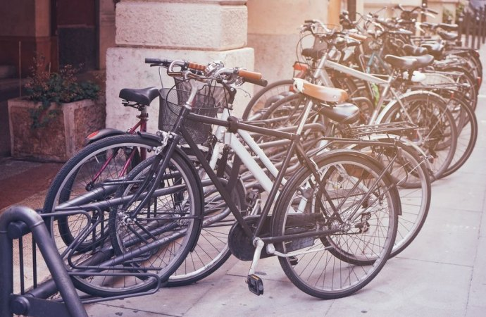 Destinazione di spazi comuni condominiali a posteggio per le biciclette. Una nuova proposta di legge
