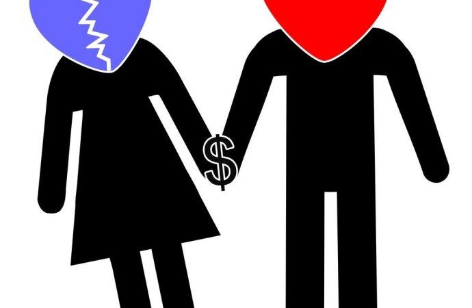 Casa del marito ma assegnata alla moglie: paga lui le spese deliberate dall'assemblea