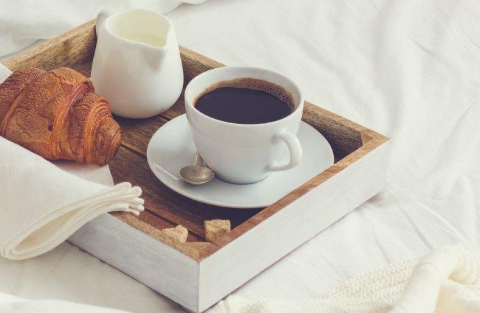 Il Bed and Breakfast rimane in condominio se il regolamento contrattuale non lo vieta espressamente.