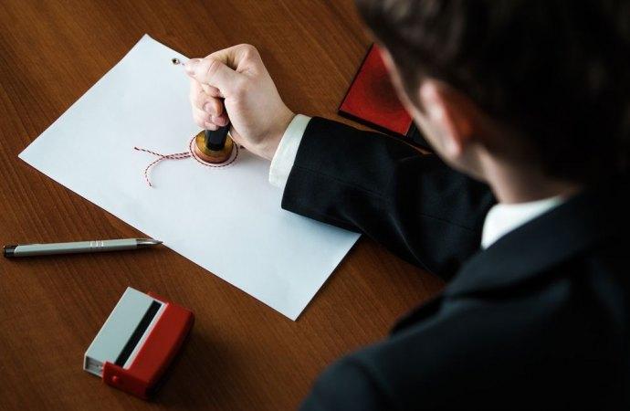 Il notaio si dimentica di cancellare l'ipoteca sull'immobile? Deve risarcire il cliente anche se la procedura esecutiva è estinta
