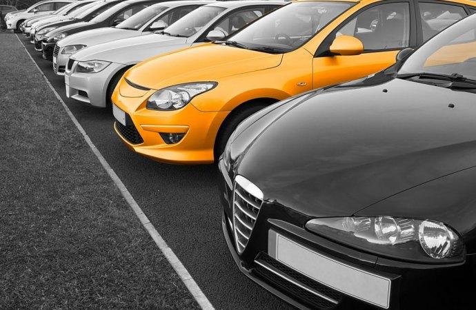 In ambito condominiale è possibile acquisire per usucapione la proprietà del posto auto altrui confinante con il proprio?