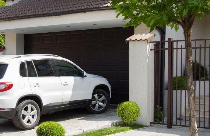 Le infiltrazioni che rendono inutilizzabile il box auto legittimano la risoluzione del contratto di compravendita