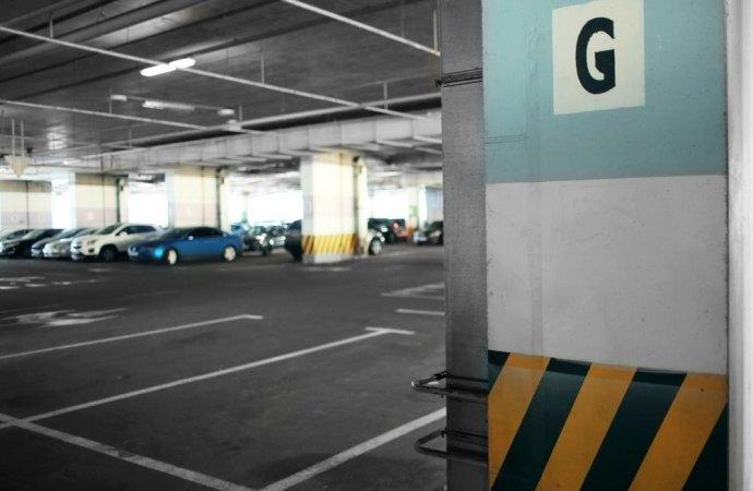 Accesso al corsello garage da parte di terzi? Occorre l'unanimità dei consensi