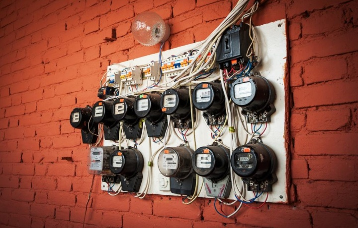 """Malfunzionamento dell'impianto elettrico comune: il Condominio non può essere condannato ad un """"facere"""""""