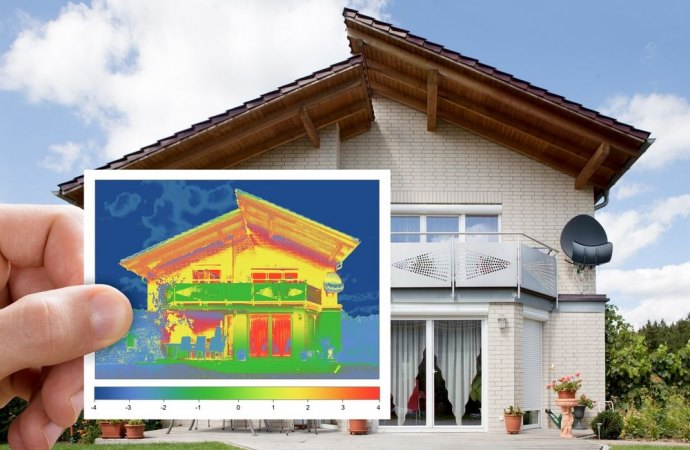 Casa calda d'estate e fredda d'inverno. Il mancato isolamento termico costituisce un grave vizio