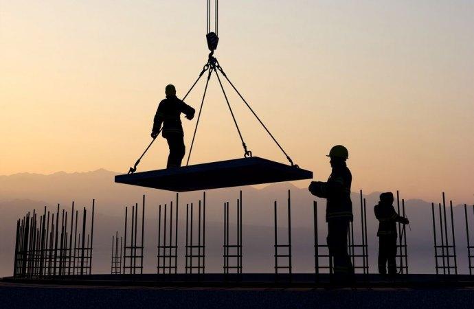 Il condominio è responsabile per i danni arrecati se non vigila sulla corretta esecuzione dei lavori appaltati