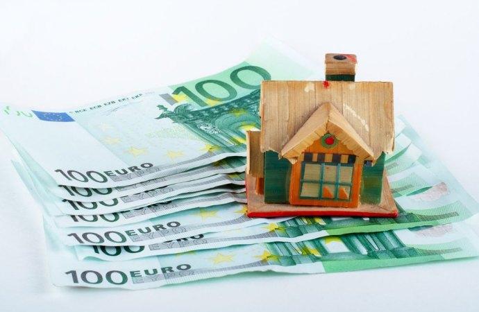 La mancata restituzione del canone al comproprietario dell'immobile non costituisce appropriazione indebita