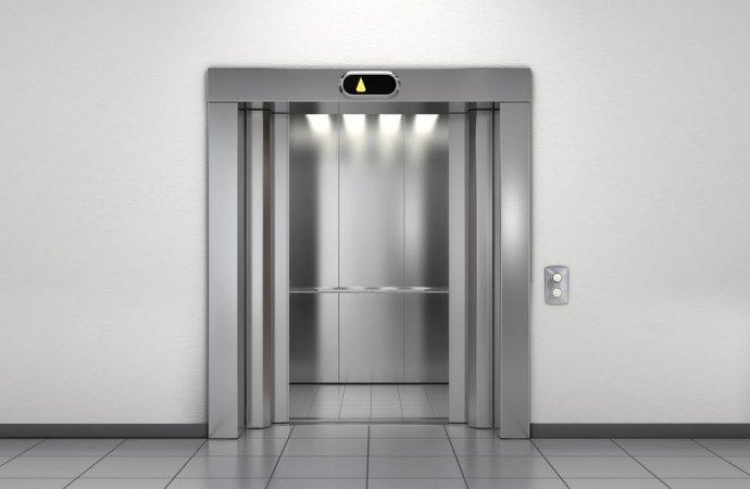 Contratto di manutenzione ascensore. Il condominio che recede in anticipo dal contratto paga la penale